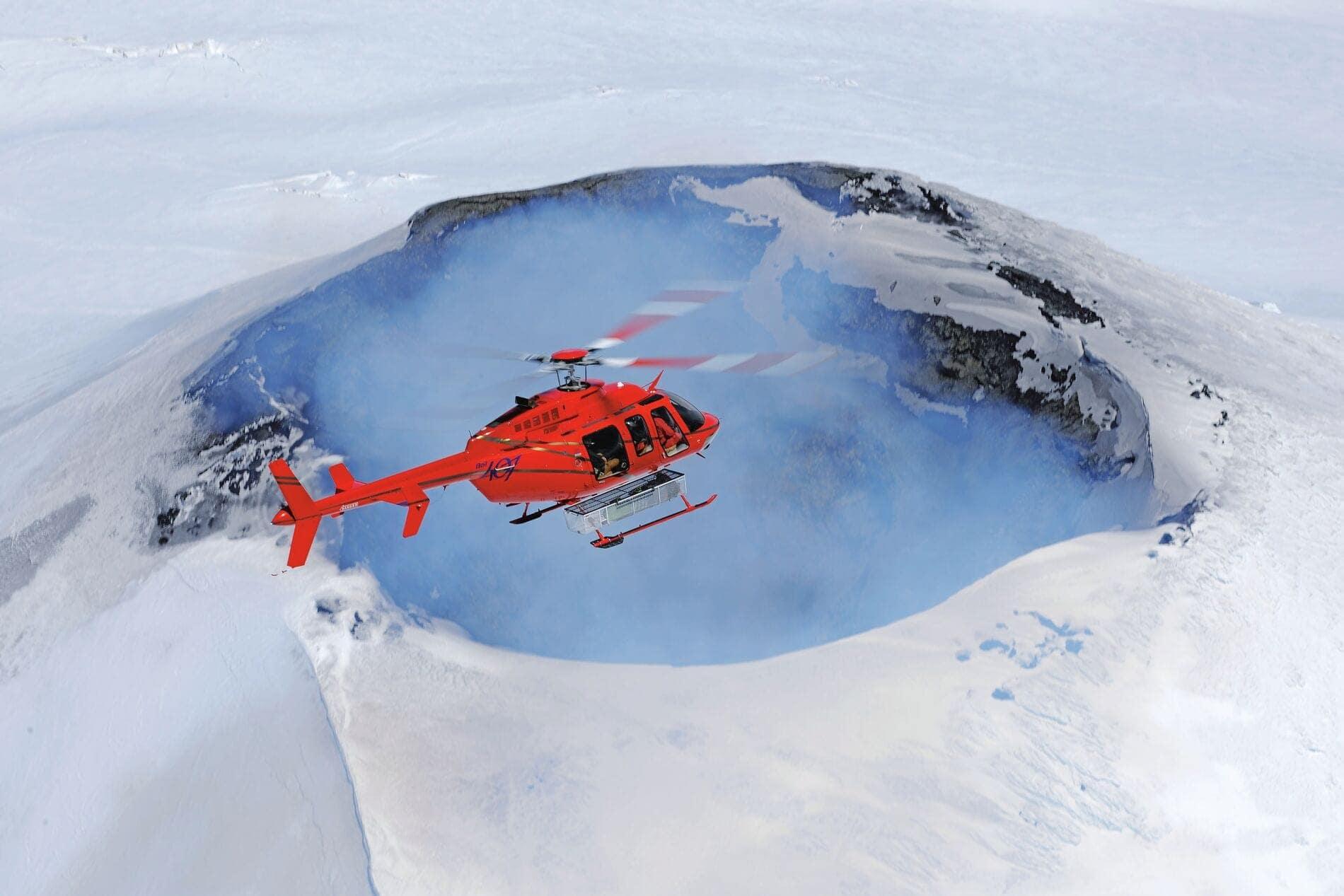 Web_Hero-407_Platinum-Helicopters_14-04