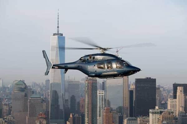 Bell 429 en vuelo sobre la ciudad de Nueva York