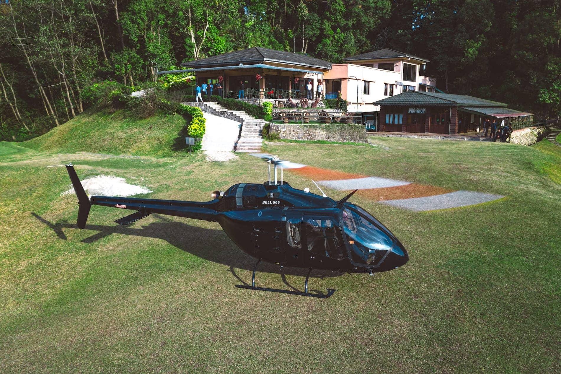 Web_Hero-Bell 505 en Nepal 31