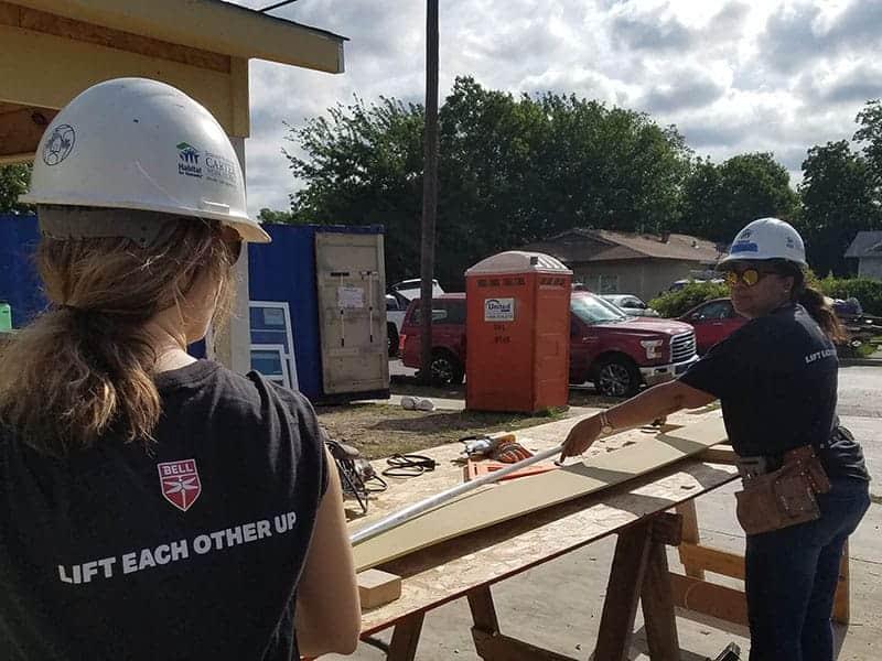 personas-construcción-4
